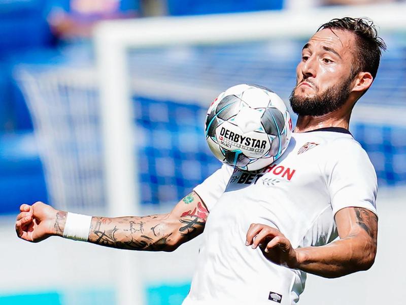 Hat seine Infektion mit dem Coronavirus auf Twitter öffentlich gemacht: Nemanja Gudelj vom FC Sevilla
