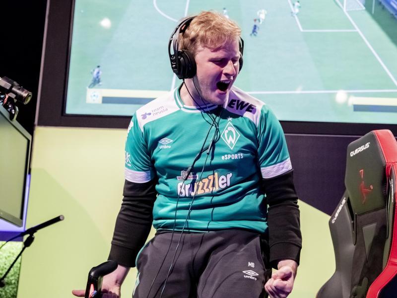 "Michael ""MegaBit"" Bittner hat bei Werder Bremen verlängert"