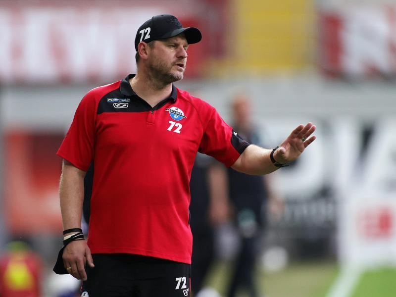 Paderborns Trainer Steffen Baumgart zählt sein Team nicht zu den Favoriten in der 2. Liga