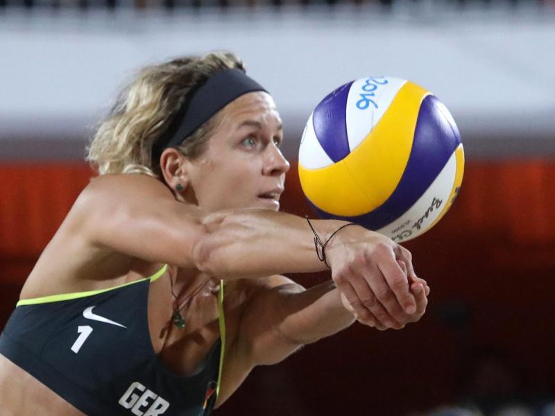 Beachvolleyball-Ass Laura Ludwig will in Timmendorfer Strand ihren achten Meistertitel holen