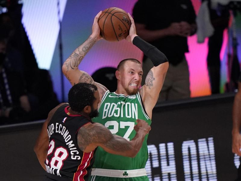 Daniel Theis spielt bärenstarke Playoffs