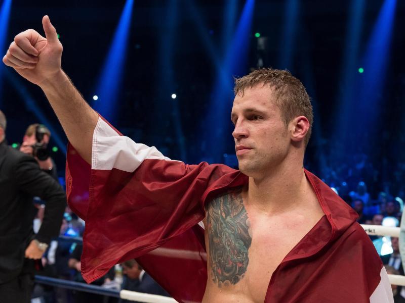 Mairis Briedis hat die Muhammad-Ali-Trophy gewonnen