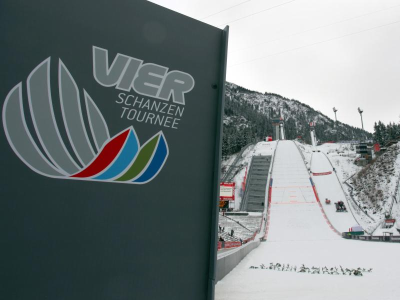 Der Auftakt der Vierschanzentournee in Oberstdorf ist mit 2500 Besuchern geplant