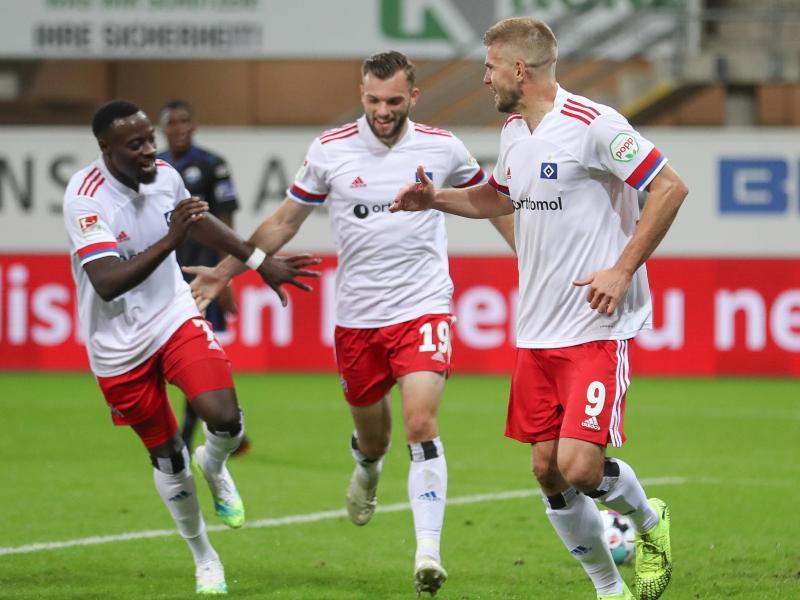 Der HSV jubelt über den Sieg gegen den SC Paderborn