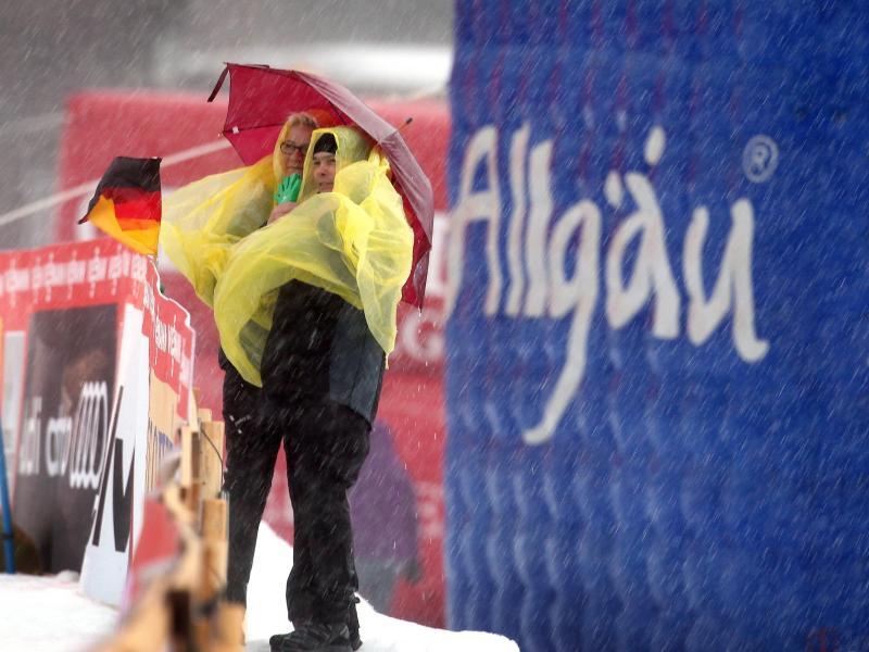Für die Nordischen Ski-Weltmeisterschaft 2021 in Oberstdorf planen die Veranstalter mit Zuschauern