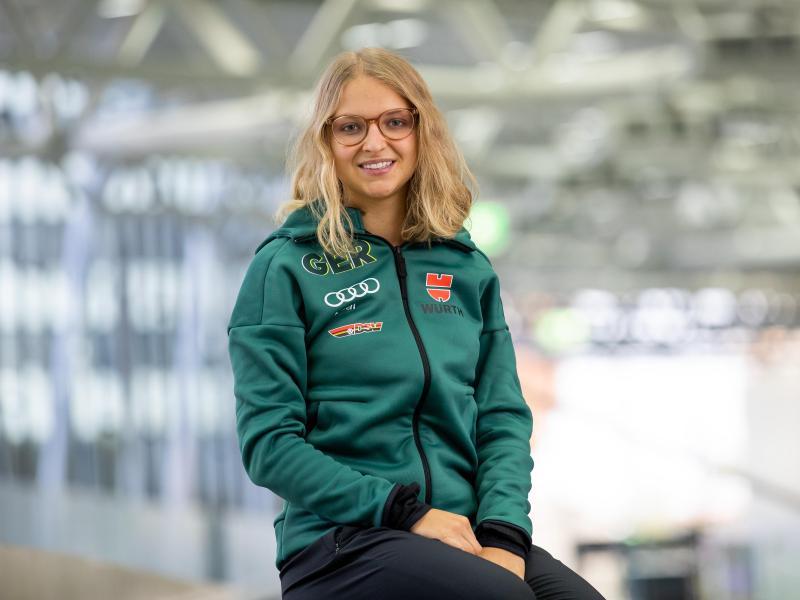 Beendet mit nur 21 Jahren ihre aktive Karriere:Skispringerin Gianina Ernst