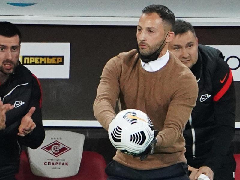 Ist mit seinem Team Tabellenführer in Russland: Spartak-Coach Domenico Tedesco