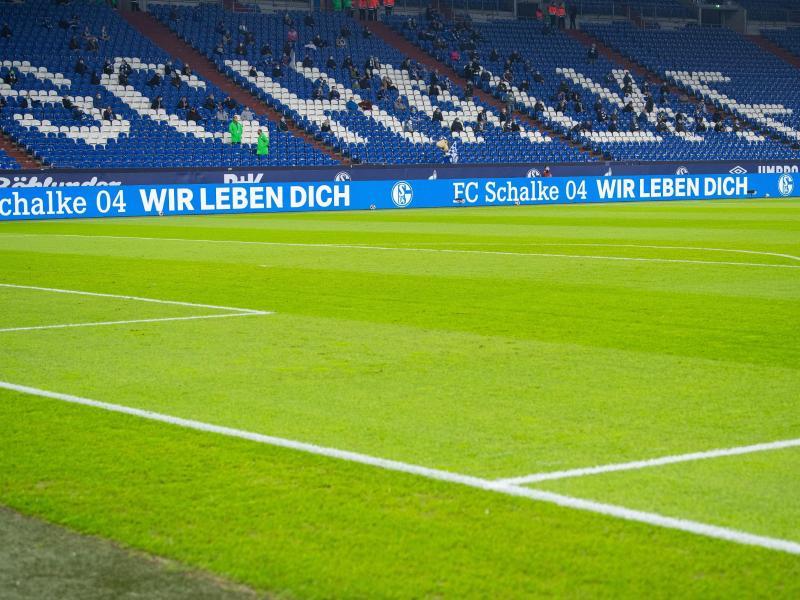 Beim Heimspiel des FC Schalke 04 gegen den VfB Stuttgart dürfen lediglich 300 Zuschauer ins Stadion