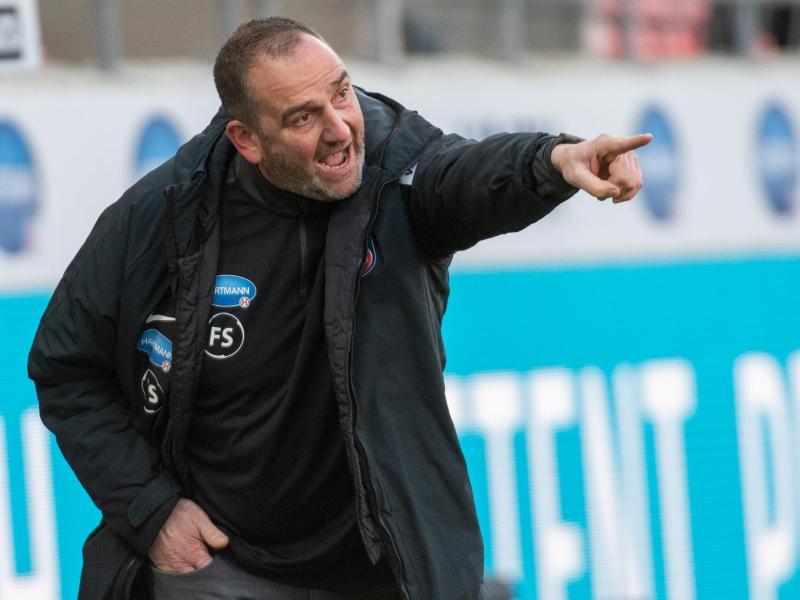 Heidenheims Trainer Frank Schmidt muss weitere Ausfälle verkraften