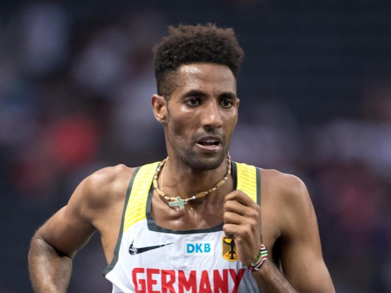 Amanal Petros lief einen Marathon in 2:07:18 Stunden