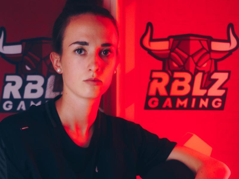 Lena Güldenpfennig wurde als erste Frau eines VBL-Teams vorgestellt. Die E-Sportlerin von RB Leipzig sieht sich in einer besonderen Rolle
