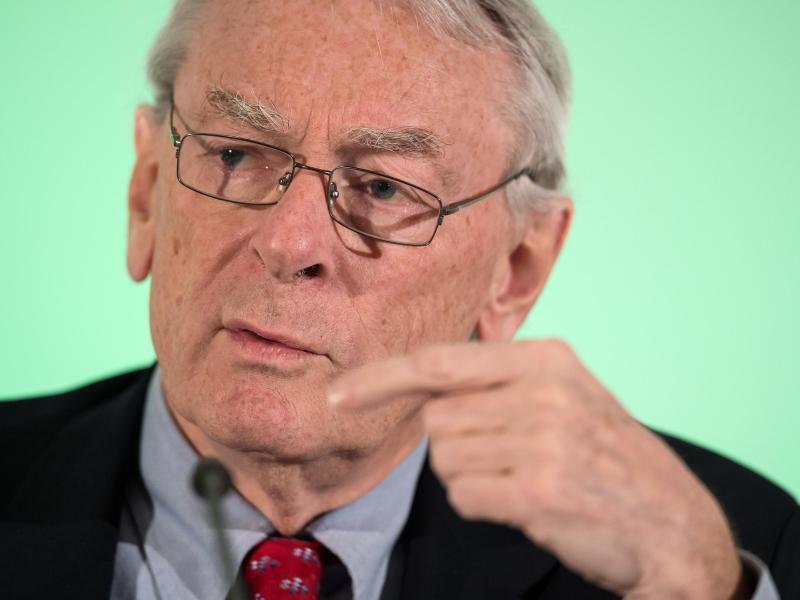 Ist seit 1978 Mitglied des Internationalen Olympischen Komitees: Richard Pound