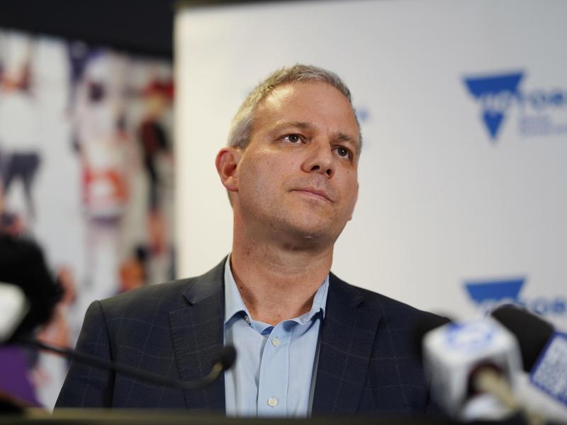 Brett Sutton, Chef der zuständigen Gesundheitsbehörde
