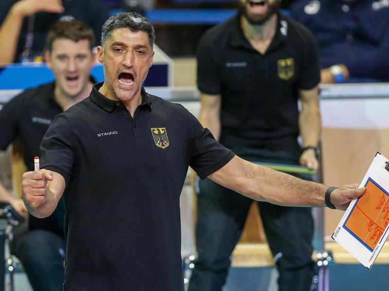 Andrea Giani bleibt Trainer der deutschen Volleyballer