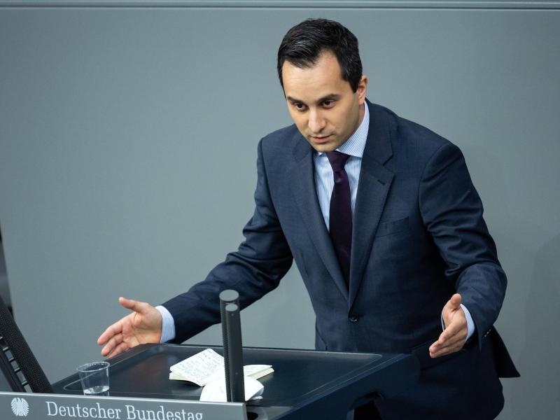 Mahmut Özdemir, sportpolitischer Sprecher der SPD-Bundestagsfraktion