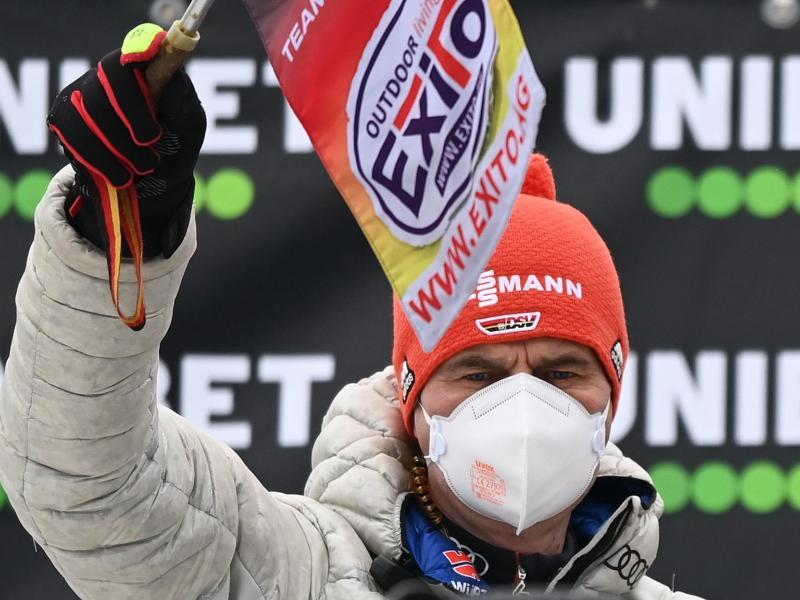 Schaut der Heim-WM in Oberstdorf optimistisch entgegen:Skisprung-Bundestrainer Stefan Horngacherr