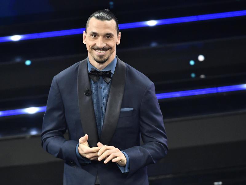 Zlatan Ibrahimovic liess sich per Anhalter von einem Motorradfahrer zu seinem Auftritt nach Sanremo bringen