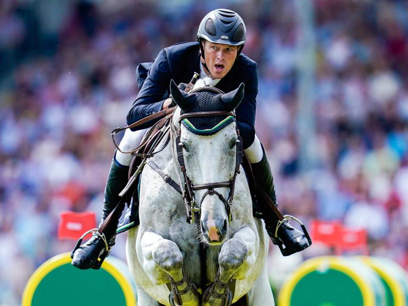 Der Hof von Reiter Sven Schlüsselburg ist besonders stark von den aus Valencia stammenden Herpes-Infektionen betroffen