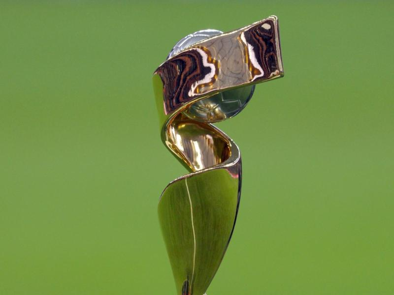 Die Der WM-Pokal der Frauenfußball-Weltmeisterschaft