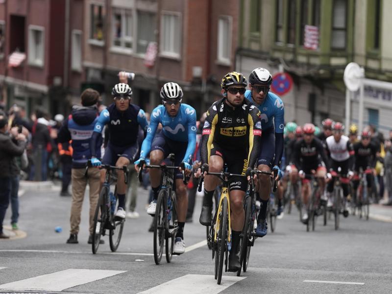 In der Gesamtwertung liegt nach der 2. Etappe weiterhin Primoz Roglic in Führung