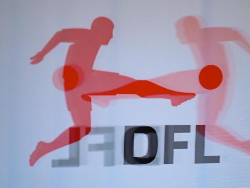 Die Deutsche Fußball Liga berät über ein mögliches verpflichtendes Quarantäne-Trainingslager