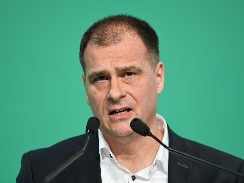 Werder Bremens Finanz-Geschäftsführer Klaus Filbry hat sich offen für Investoren gezeigt