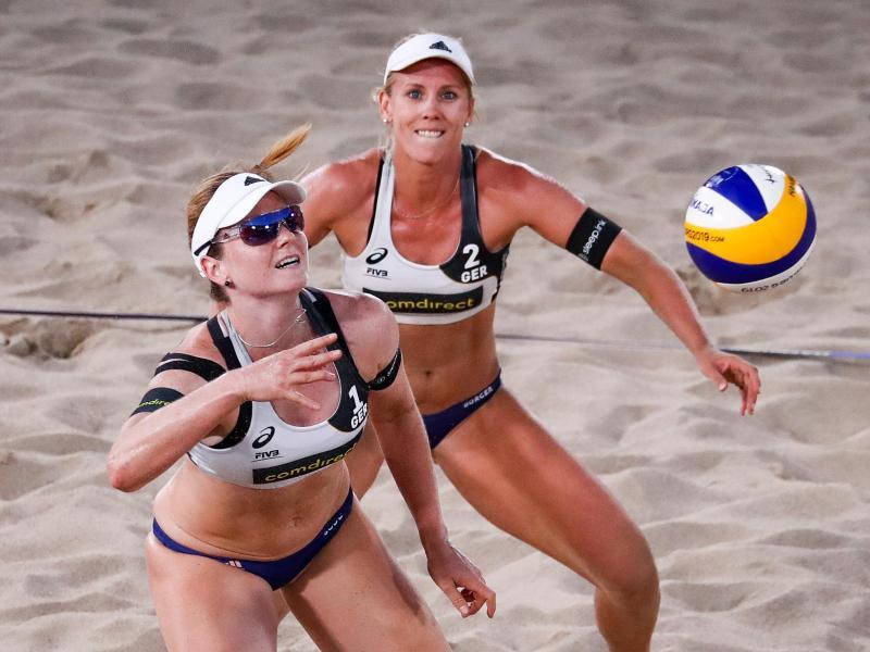 Liegen in der Olympia-Qualifikation auf Kurs: Karla Borger (r) und Julia Sude