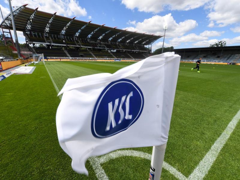 Der Karlsruher SC muss nach seiner Quarantäne-Zeit wegen des Verstoßes gegen Corona-Regeln eine Geldstrafe zahlen
