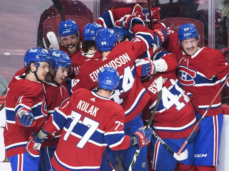 Die Spieler der Montreal Canadiens jubel