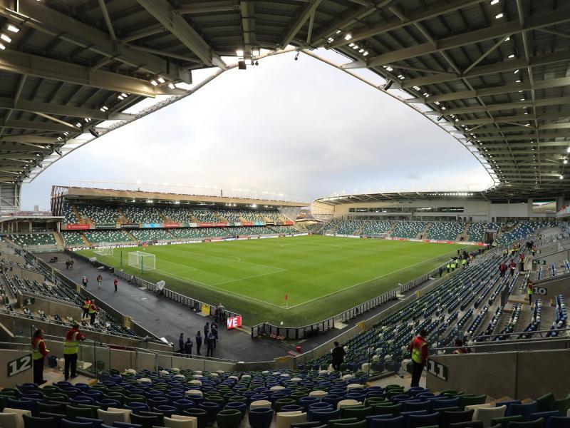 Das Spiel um den europäischen Super Cup soll wie geplant in Belfast im Windsor Park stattfinden