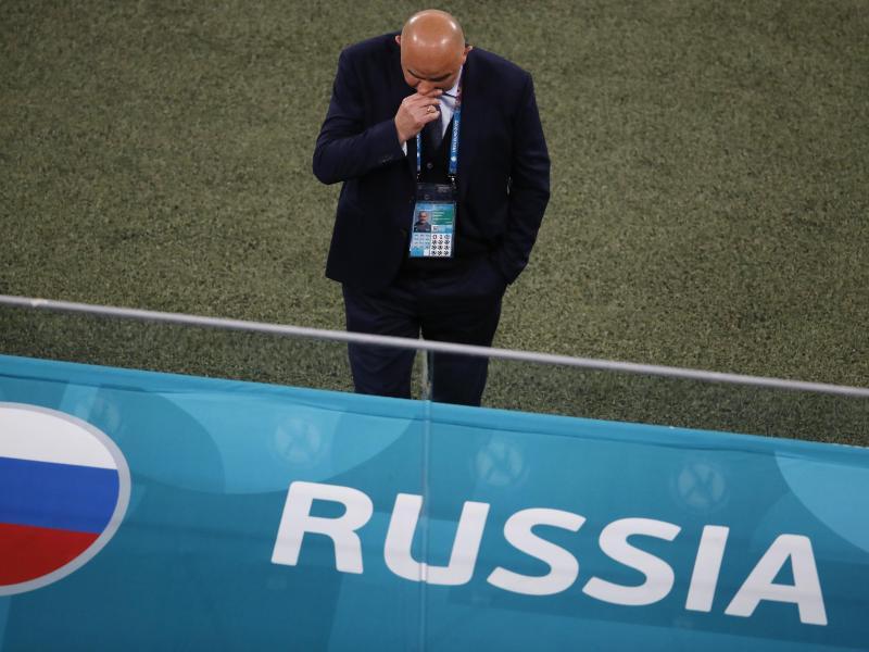 War nach Russlands Pleite gegen Belgien mächtig angesäuert: Trainer Stanislav Cherchesov