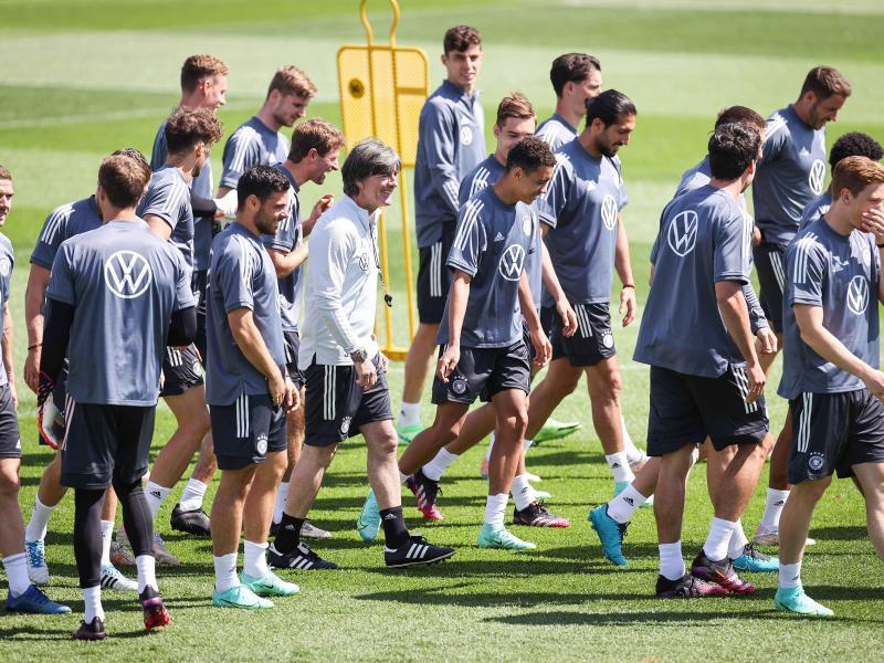 25 Spieler trainierten beim DFB mit