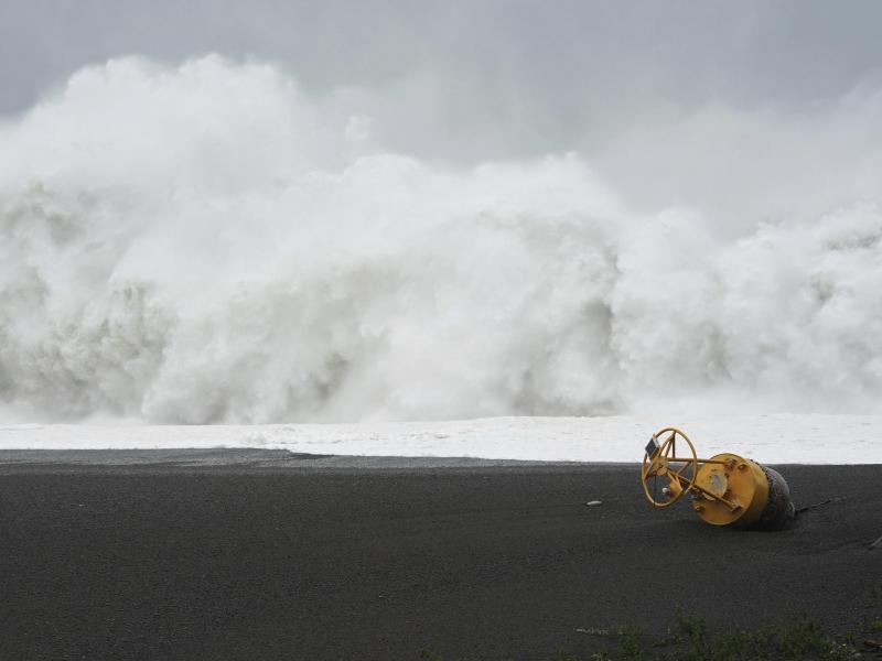 Ein Taifun könnte auf die japanische Küste treffen