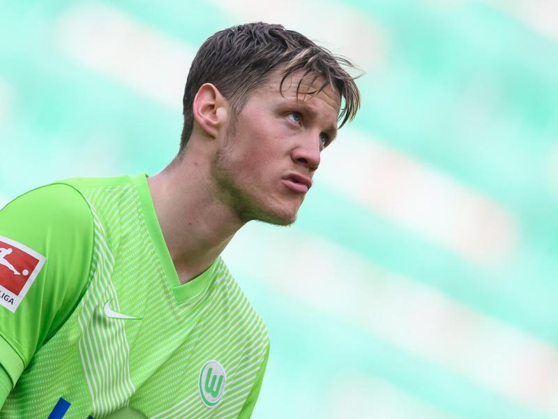 Der Wolfsburger Wout Weghorst will am liebsten gegen den FCBarcelona spielen