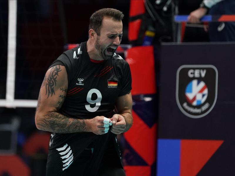 Die deutschen Volleyballer um Georg Grozer wollen ins EM-Viertelfinale