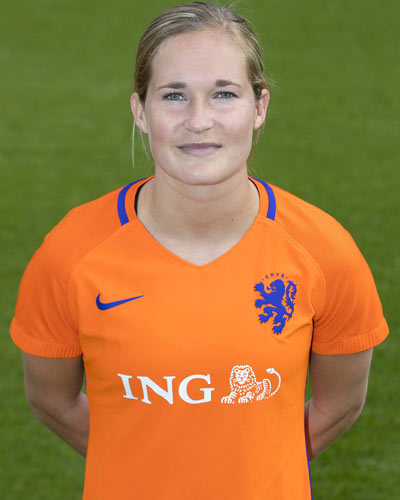 The 26-year old daughter of father (?) and mother(?) Desiree van Lunteren in 2019 photo. Desiree van Lunteren earned a 0.05 million dollar salary - leaving the net worth at  million in 2019