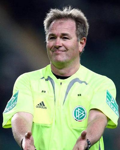 Dr. Helmut Fleischer