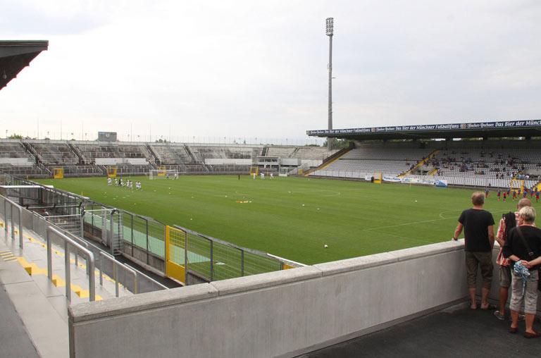 Stadion an der Grünwalder Straße