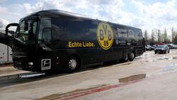 Der Mannschaftsbus des BVB ist in Freiburg steckengeblieben