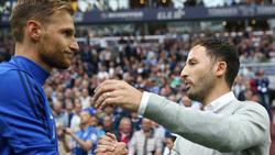 Benedikt Höwedes (l.) steht vor einem Abschied von Schalke 04