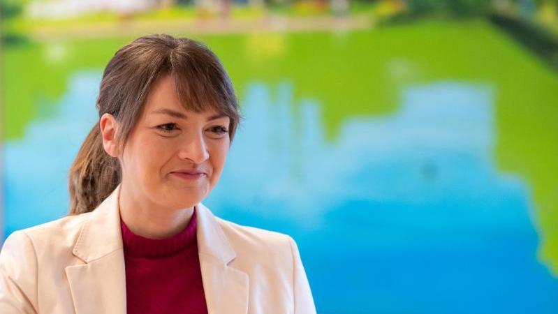 Judith Gerlach ist Staatsministerin für Digitales in Bayern
