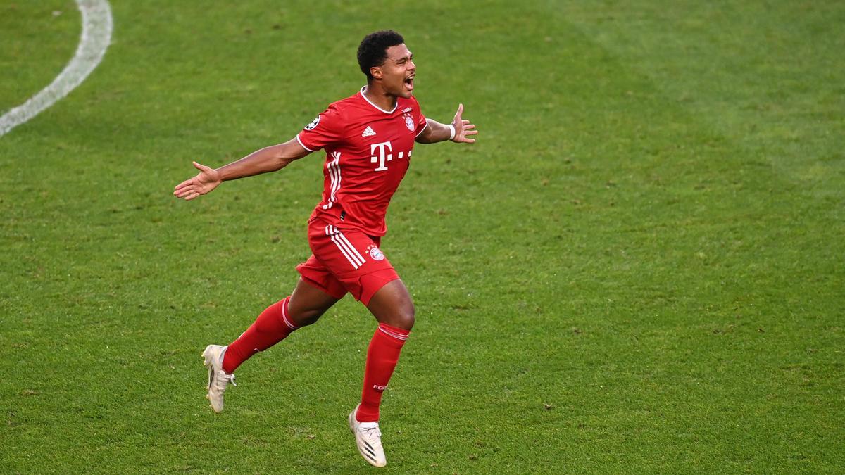 Serge Gnabry erzielte das 1:0 für den FC Bayern gegen Schalke 04