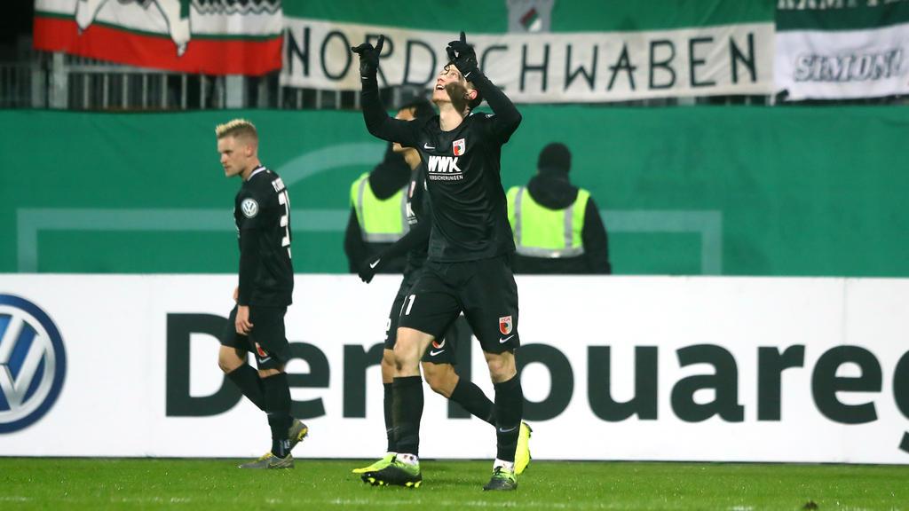 Das war knapp: Der FC Augsburg besiegt Holstein Kiel