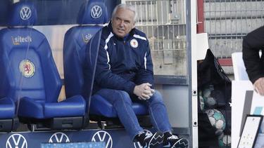 Peter Vollmann bleibt in Braunschweig