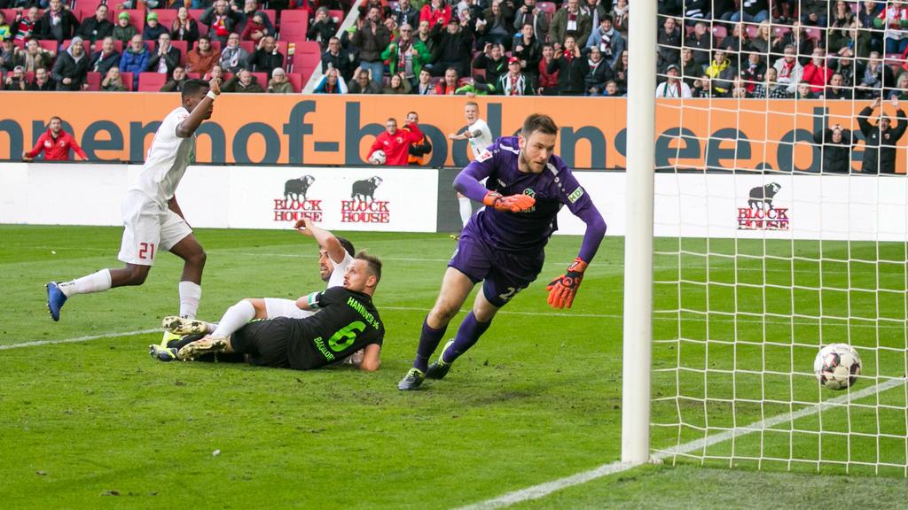 Hannovers Keeper Esser musste drei Mal hinter sich greifen