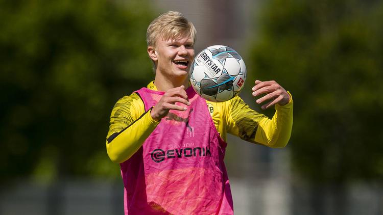 BVB-Stürmer Erling Haaland wird immer wieder mit anderen Klubs in Verbindung gebracht
