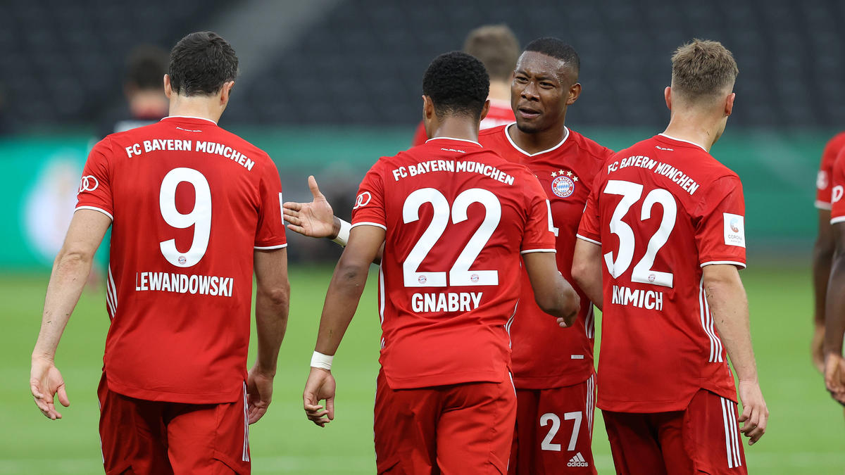 Der FC Bayern blickt am Freitag gespannt auf die Auslosung des Viertelfinals der Champions League