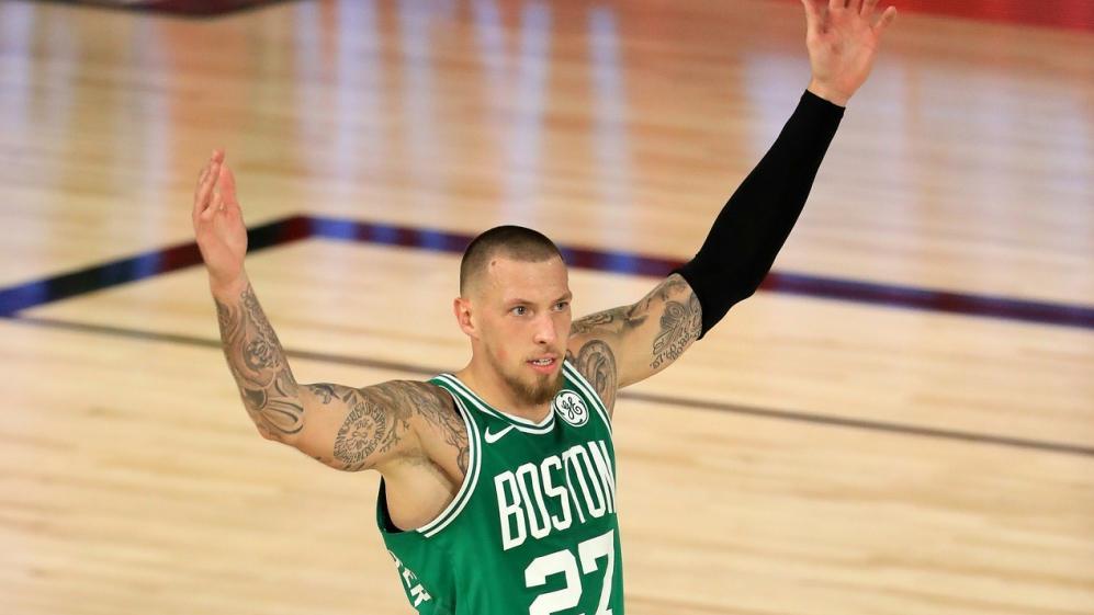 Daniel Theis steht mit den Boston Celtics im Halbfinale der NBA
