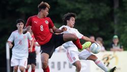 Emilian Metu (l.) schließt sich dem FC Bayern an