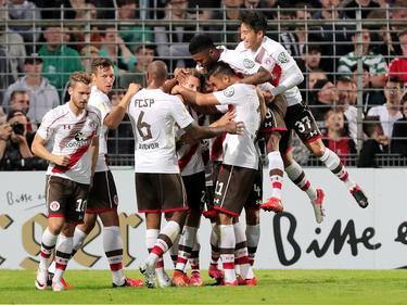St. Pauli zieht in die zweite Runde ein